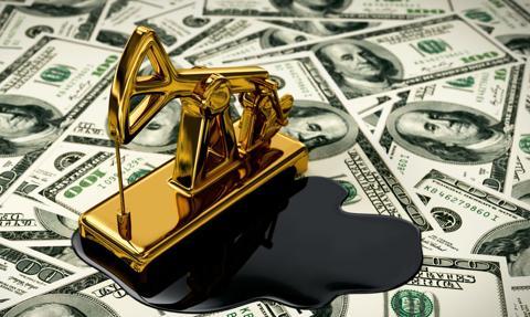 Ropa w USA tanieje po nieoczekiwanym wzroście zapasów