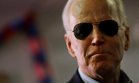 Biden nakłada sankcje na Rosję