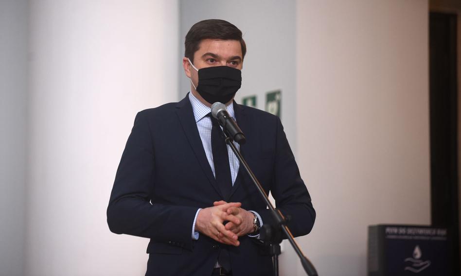 Rzecznik MZ: Najgorsza sytuacja jest na Śląsku. Trwa relokacja pacjentów