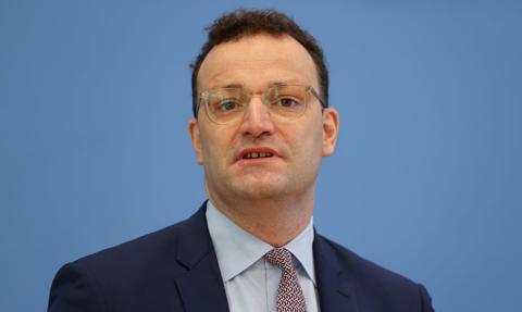 Niemiecki minister zdrowia spodziewa się, że szczepienia na koronawirusa rozpoczną się w grudniu