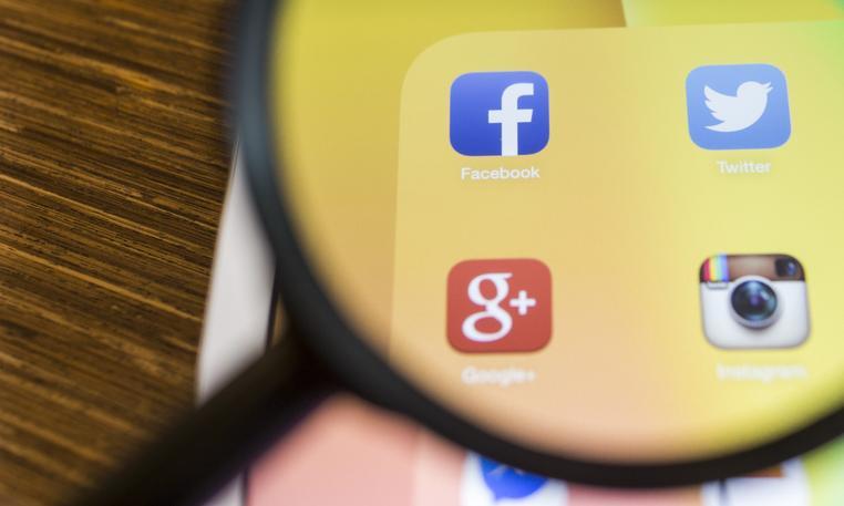 Facebook usunął w Niemczech konta sprzeciwiające się ograniczeniom pandemicznym