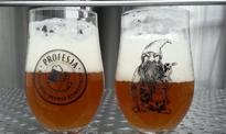 Jasne pełne odchodzi w niepamięć. Rzemieślnicy piwa zmieniają wybory Polaków