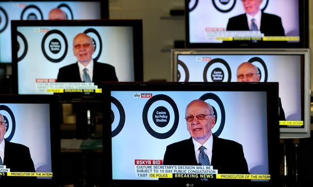 Zgoda na przejęcie telewizji Sky przez koncern Murdocha