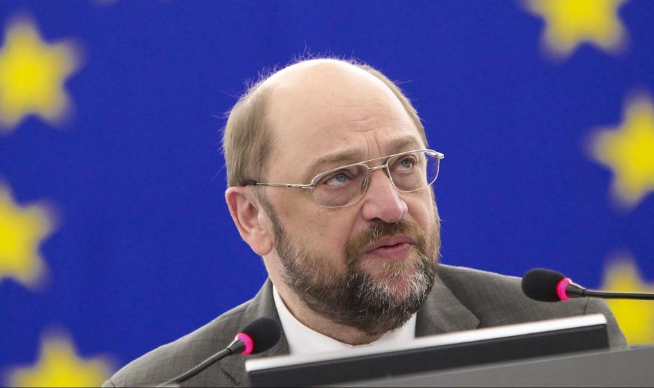Szef PE: Po referendum ruch należy do rządu Grecji