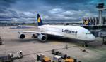 Około 100 lotów odwołano przez strajk w spółkach Lufthansy