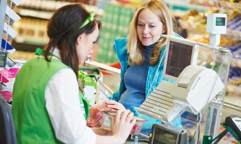 Sprzedawca może odmówić obsługi klienta bez maseczki