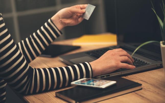 Raport: różnice w cenach w e-sklepach sięgają nawet kilkuset procent