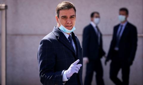 Premier Hiszpanii odmawia zaostrzenia przepisów sanitarnych