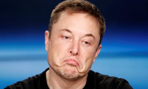 Tesla nie dowiozła wyników. A wycena kosmiczna