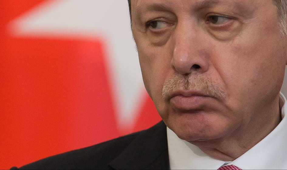 Opozycja depcze Erdoganowi po piętach