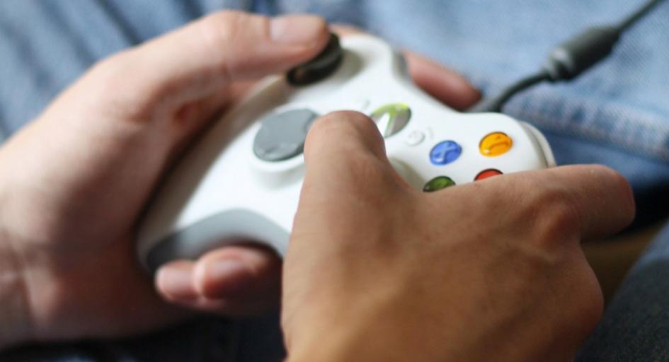 PS4 czy Xbox One: jaką konsolę do gier wybrać?
