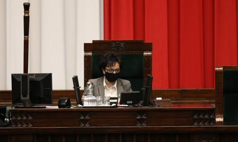 Projekt noweli ustawy covidowej zdjęty z porządku głosowań w Sejmie