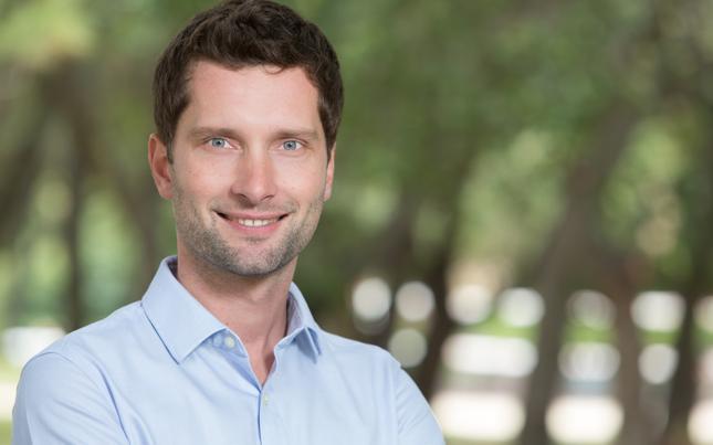 dr Michał Kosiński, Polak w Kalifornii