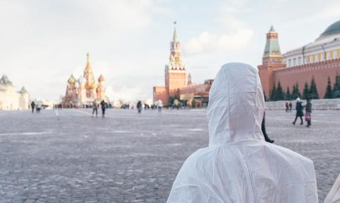 Dni wolne od pracy w Moskwie z powodu rosnącej liczby zakażeń koronawirusem