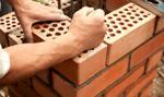 Polacy chcący kupić mieszkanie cenią sobie te z cegły