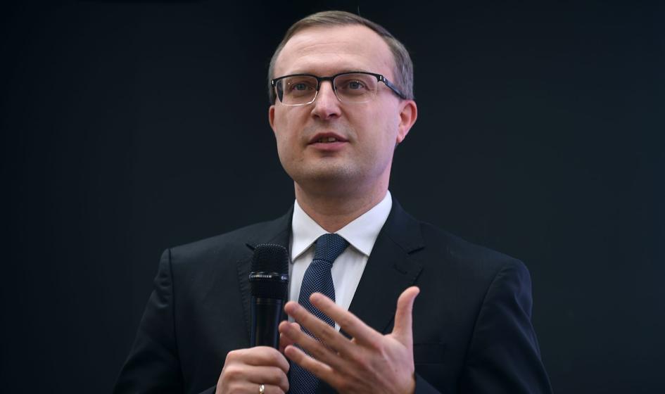 Prezes PFR: Obecny kryzys może wywierać presję na konsolidację w polskim sektorze bankowym