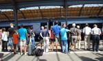 Pasażerowie wracają do pociągów