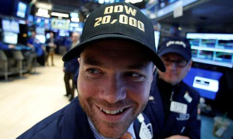 Wall Street odrabia straty; kolejny rekord Dow Jones Industrial