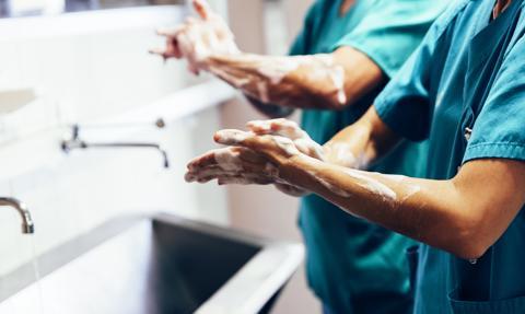 Rząd Portugalii nakazał szpitalom ograniczenie liczby operacji