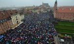 KGP: ok. 98 tys. osób uczestniczyło w 143