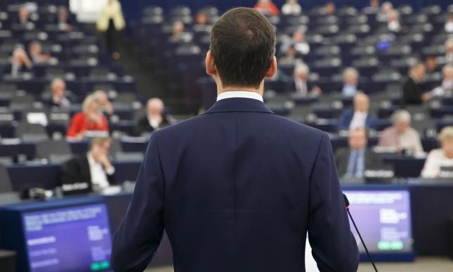 Morawiecki: Polska nie przyjmie żadnych uchodźców