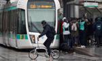 Paryżanie zmuszeni do przesiadki na rowery