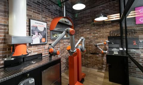 Powstała pierwsza na świecie pizzeria obsługiwana przez robota