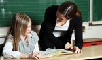 MEN: nauczyciele i nauczyciele specjaliści zatrudniani tylko na umowę o pracę