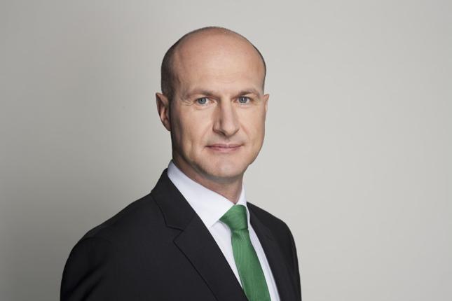 Prezesem fintechu jest Marcin Bednarek, który z polskim rynkiem funduszy związany jest od kilkunastu lat – w latach 2007-2017 pełnił funkcję wiceprezesa zarządu BPH TFI i odpowiadał za produkty, sprzedaż i marketing.