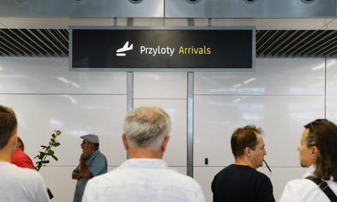 """""""Wrócę do Polski i co dalej?"""" Rekordowa liczba zapytań od emigrantów"""