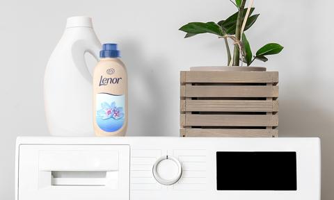 Lenor w papierowej butelce. Procter & Gamble pokazał nowy projekt
