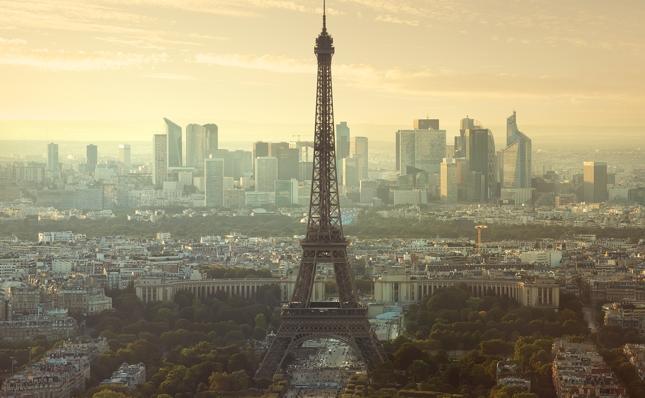 Bezrobocie, strajki czy zagrożenie terrorystyczne to tylko niektóre z codziennych bolączek mieszkańców Francji