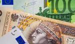 Kurs euro poniżej 4,28 zł. Funt drożeje