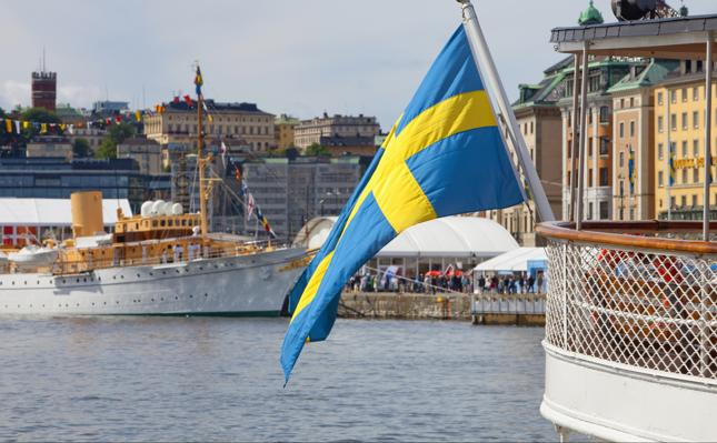 """""""Szwedzi inwestują dużo w swoje mieszkania i domy oraz akcje"""""""