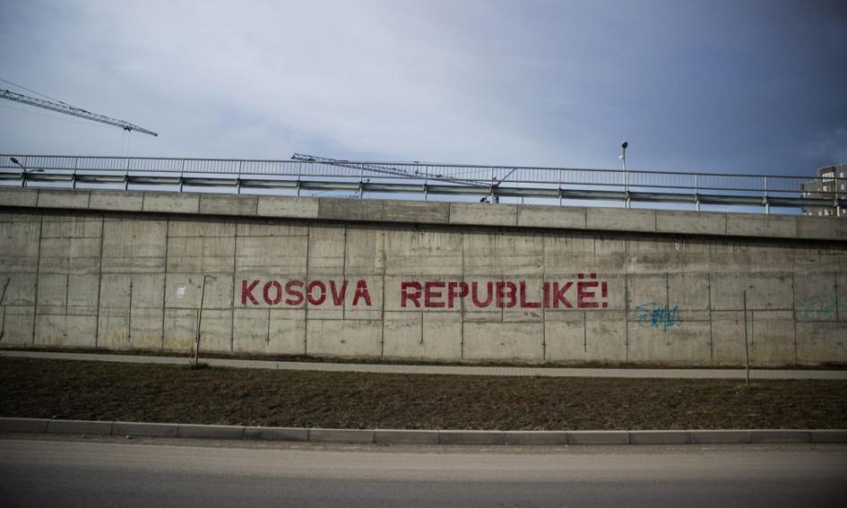 Unia wzywa Kosowo i Serbię do deeskalacji napięcia na granicy