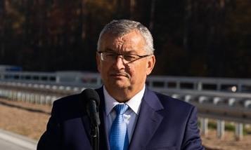 Adamczyk: Naciskamy na Francuzów, by polscy kierowcy wrócili do kraju