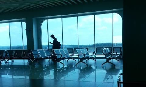Zakaz lotów do 34 państw już obowiązuje