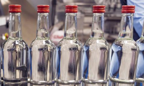 Paczki żywnościowe w zamian za podrobiony alkohol. Pomysł władz rosyjskiego regionu