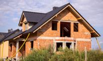 Dom w stanie deweloperskim. Ile kosztuje budowa?