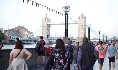 Londyn przedstawił szczegóły punktowego systemu imigracyjnego
