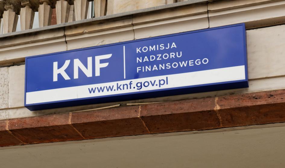 KNF chce zawieszenia obrotu akcjami Fast Finance