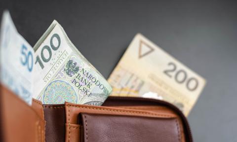 Większość Polaków dobrze ocenia swoją sytuację finansową