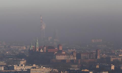 Zyska: W 2019 r. znacznie spadła liczba stref z przekroczeniami smogu