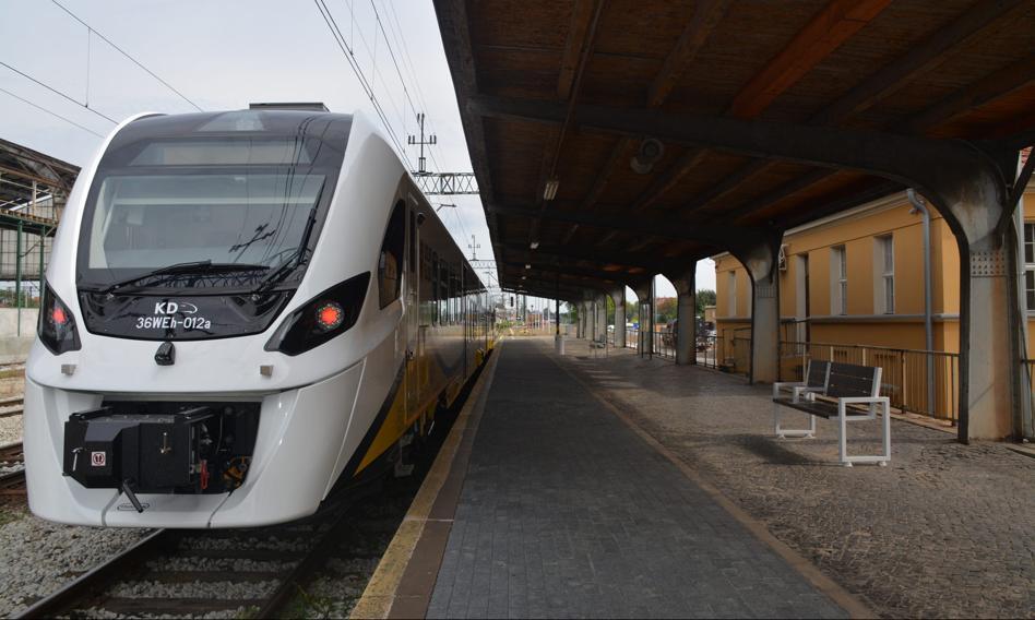 Pierwszy pociąg hybrydowy wyjedzie na tory na Dolnym Śląsku