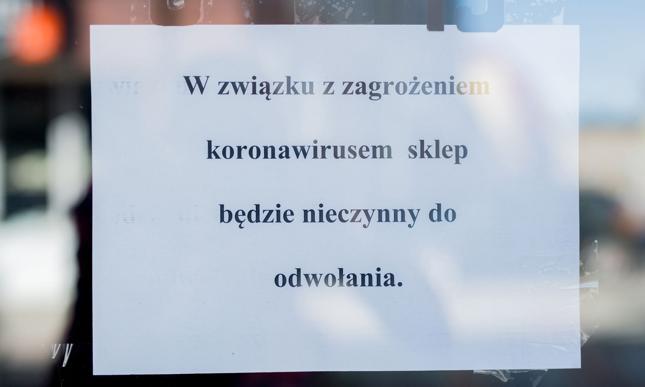 Ponad połowa Polaków spodziewa się zamknięcia małych sklepów i firm