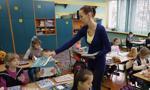 Wiosna: 3500 zł dla początkujących nauczycieli i 1000 zł więcej dla ratowników WOPR w czasie wakacji