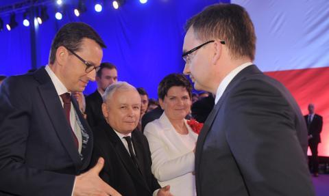 Na Nowogrodzkiej spotkanie Kaczyńskiego i Morawieckiego z Ziobro