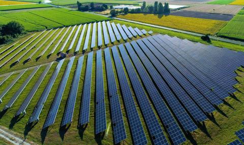 Proponują dzierżawę ziemi pod farmę fotowoltaiczną? Uważaj na umowę