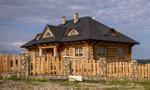 Domy z drewna – za i przeciw
