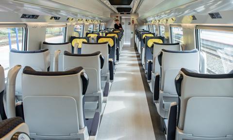 PKP Intercity: coraz więcej składów i wagonów wyposażonych w wi-fi